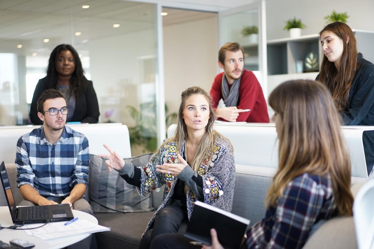 contratos para estudiantes: qué son